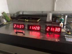 ساعت دیجیتال رومیزی 10 در 24 سانتیمتر